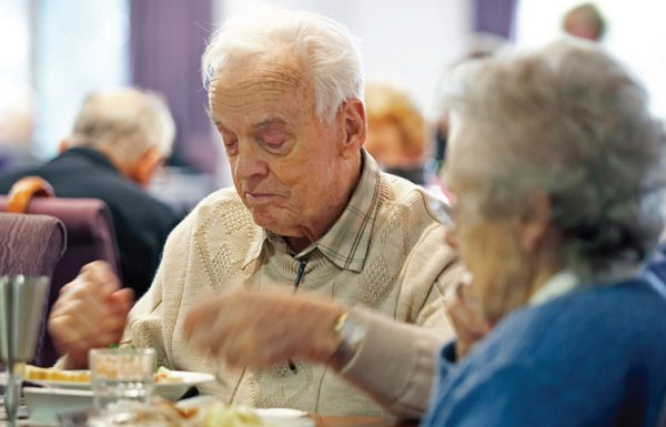 A day in the life - Mealtime experience // Courses - Centre for Dementia Learning, Dementia Australia
